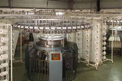 Giải pháp lắp biến tần cho máy dệt và tiết kiệm điện năng